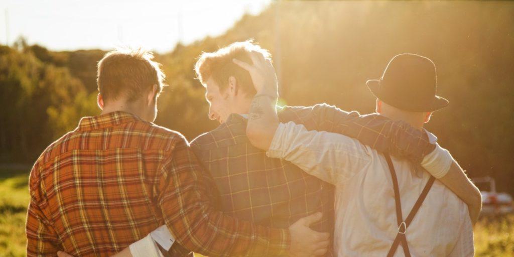 Reguli de bază ale prieteniei masculine – femeilor intrarea este intersiză